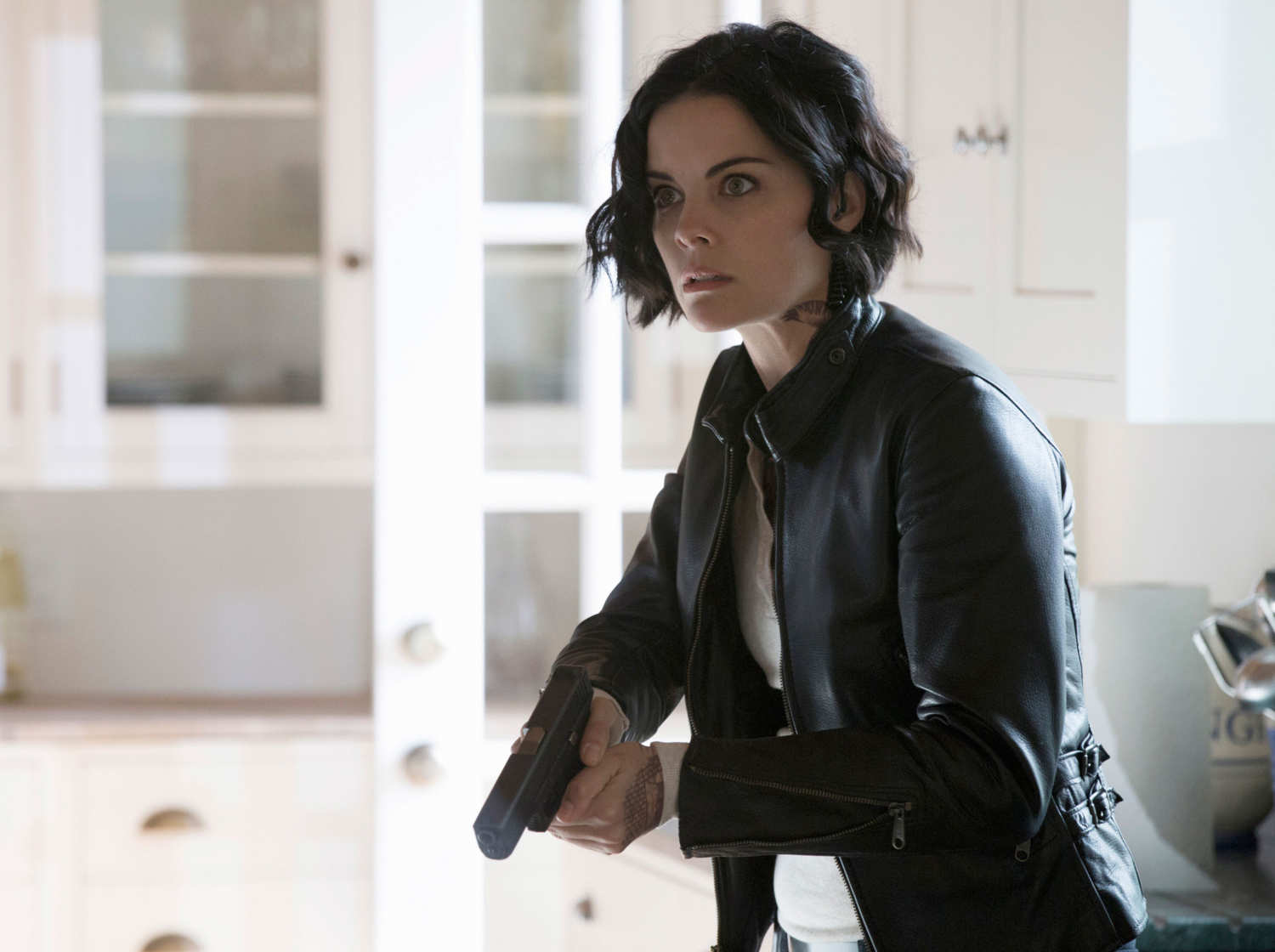 Blindspot recap jane meets one of her own for Tv show with tattooed woman