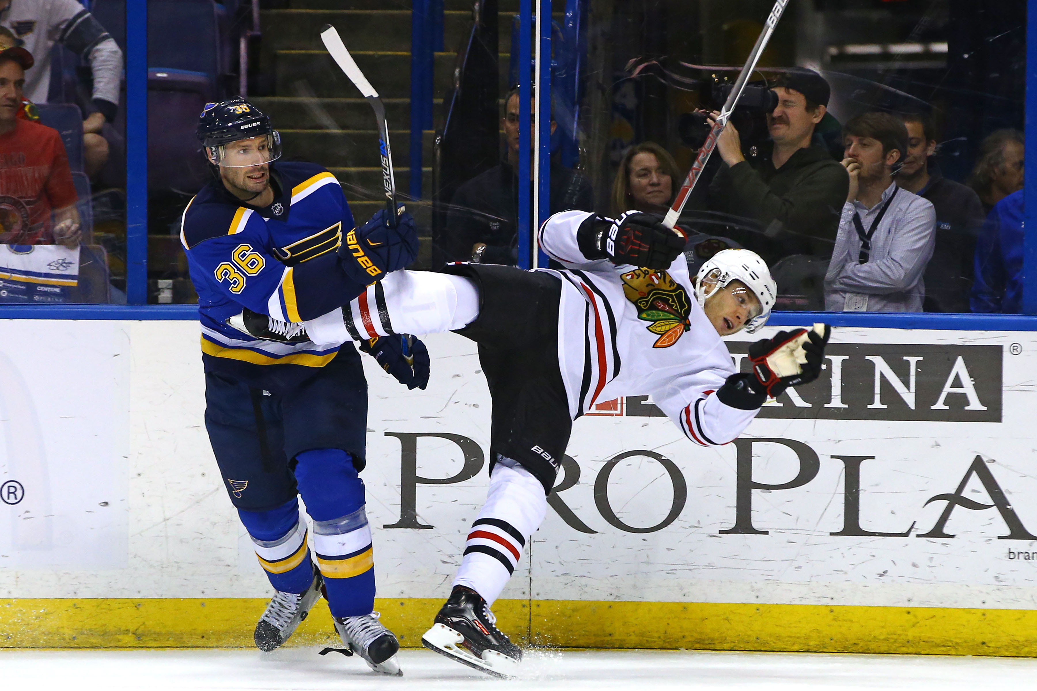 What Time & TV Channel Is the Blues-Blackhawks Game On Today?