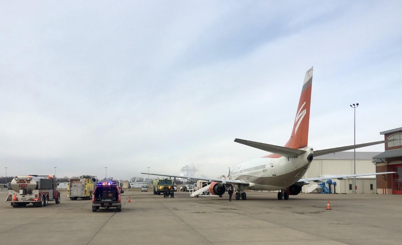 Blue apron jobs dallas - Smoke In Cockpit Forces Dallas Stars Plane To Return To St Louis Wfaa Com