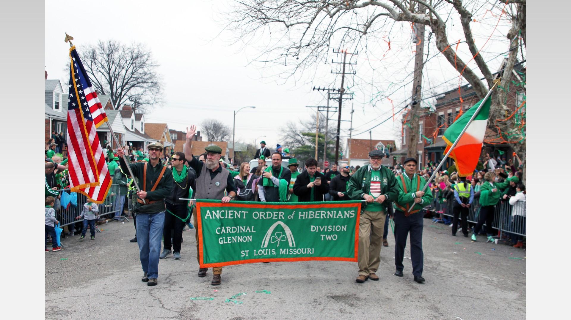 ksdk.com | Photos: 2017 Dogtown St. Patrick's Day Parade