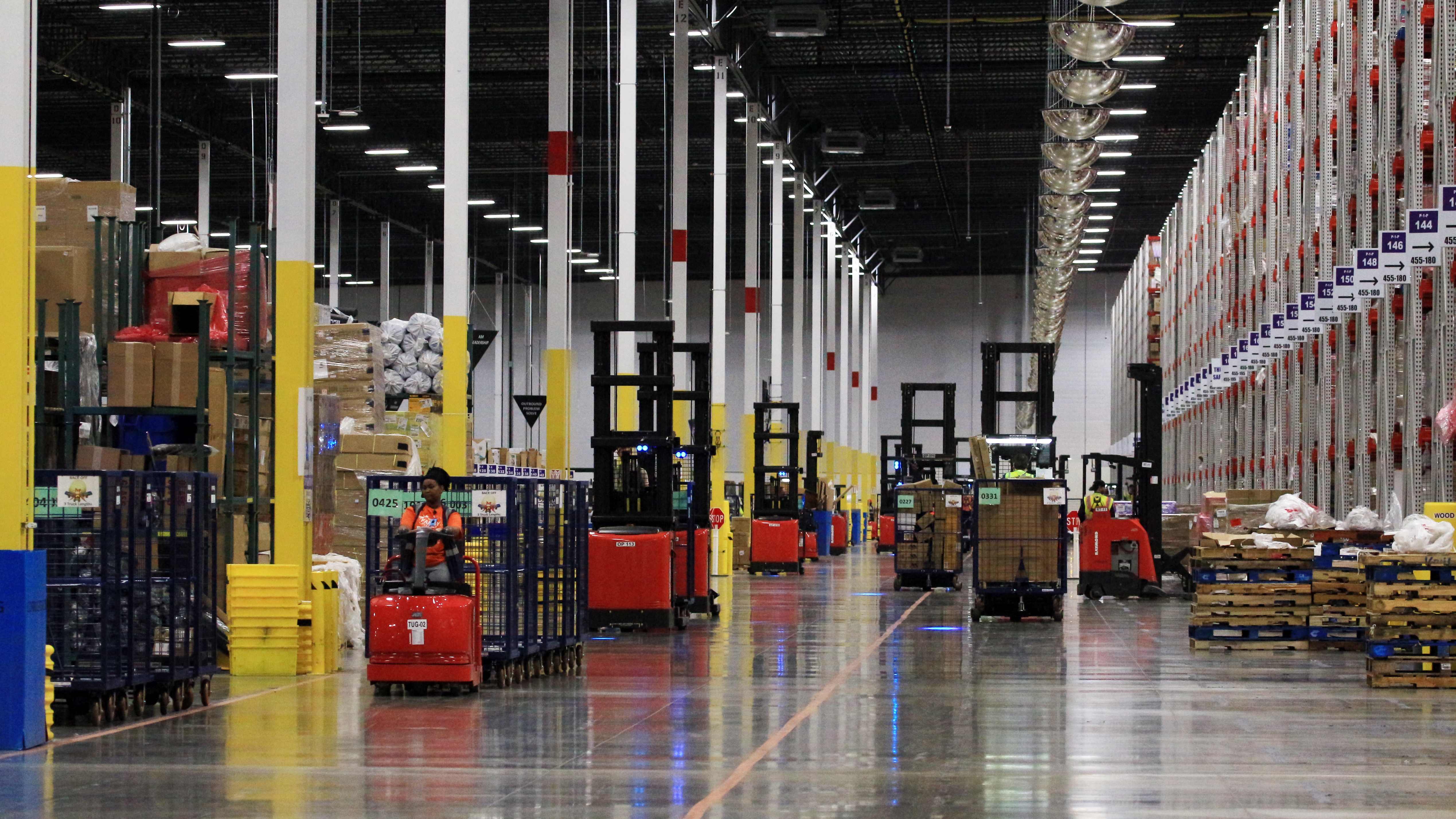 Amazon takes applications for new Edwardsville facility ...